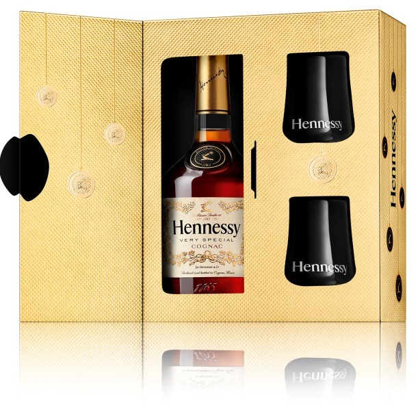 Hennessy Gift Box | Event Ideas | Pinterest | Wine packaging